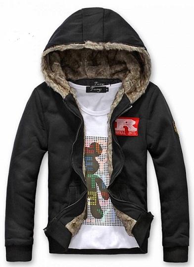 Erkek Ceket Modelleri. Erkek ceket modelleri kullanılan yere göre farklı özelliklerde seçilebilir. Spor kesim ve klasik kesim olmak üzere iki çeşidi bulunana bu .